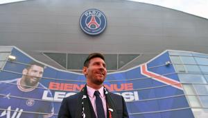 Lionel Messi é a maior contratação da história do PSG