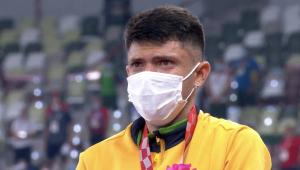 Brasileiro de máscaras no pódio