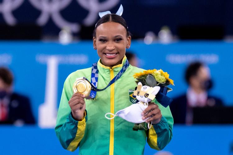 Rebeca Andrade é a 32ª atleta brasileira a ganhar a medalha de ouro em Olimpíadas