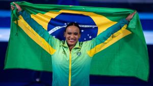 Rebeca Andrade foi ouro no solo da ginástica nos Jogos de Tóquio