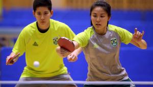 A seleção brasileira feminina de tênis de mesa caiu nas oitavas de final na Tóquio-2020