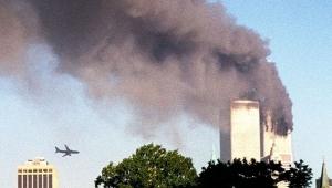 Segundo avião sequestrado em direção ao Wolrd Trade Center