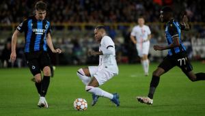 Neymar durante partida entre PSG e Club Brugge pela Liga dos Campeões