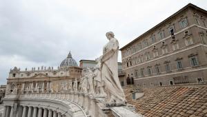 estátuas do vaticano