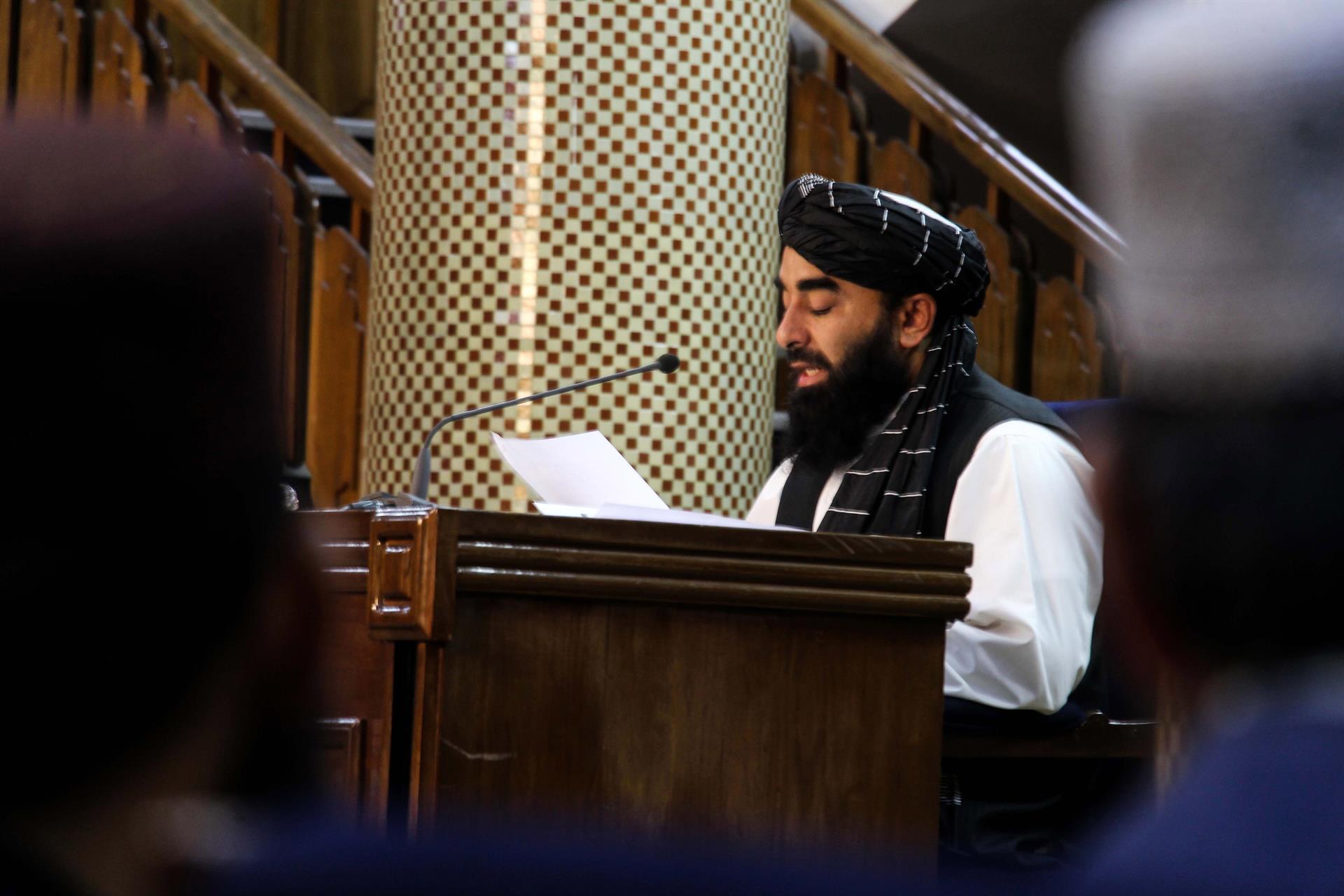 Talibã anuncia integrantes do novo governo do Afeganistão