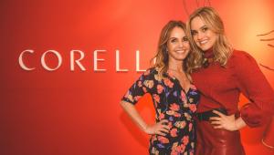Carla Silvarolli abraçada com Gabi Silvarolli