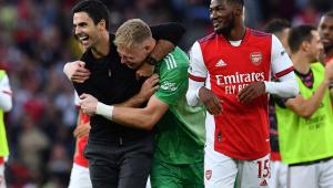 Arsenal faz três gols no primeiro tempo e vence o Tottenham em clássico londrino