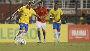 Artur, do RB Bragantino, foi convocado para defender a seleção brasileira