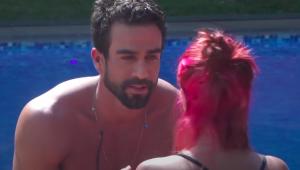 A Fazenda 13: Erasmo pede desculpas após fazer piada com cabelo de Valentina