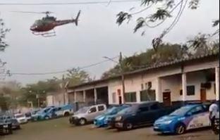 Piloto rendido em helicóptero no Rio de Janeiro