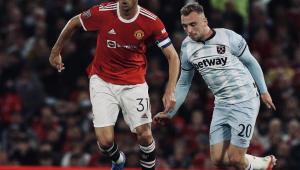 Manchester United é eliminado da Copa da Liga Inglesa; Chelsea avança nos pênaltis