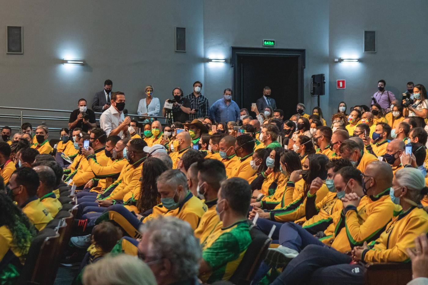 Atletas paralímpicos são homenageados em São Paulo