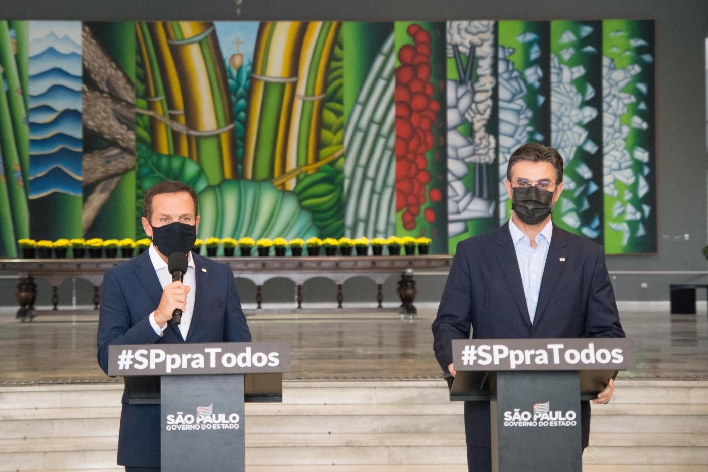 O governador de São Paulo, João Doria, e o vice-governador, Rodrigo Garcia, em coletiva de imprensa
