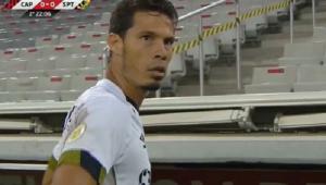 Hernanes foi expulso na partida entre Athletico-PR e Sport