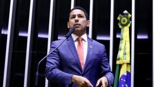 Vice-presidente da Câmara, dep. Marcelo Ramos, em discussão na Casa