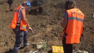pessoas monitorando vulcão