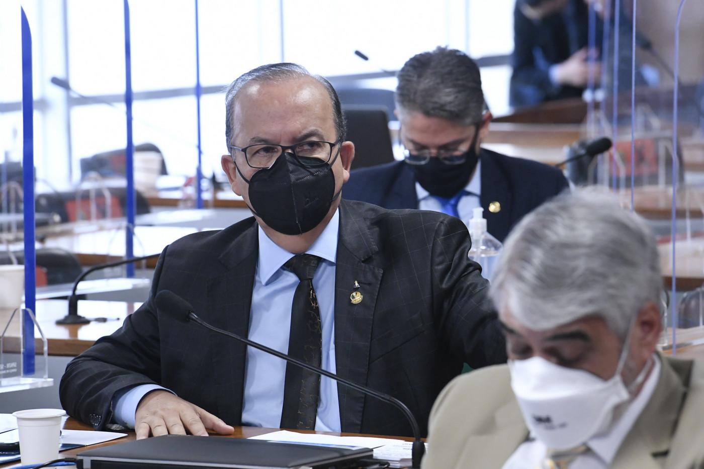 Senador Jorginho Mello em sessão da CPI da Covid-19