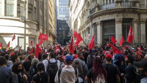 Manifestação do MTST na Bolsa de Valores de São Paulo