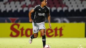 Zagueiro Miranda, do Vasco, foi flagrado em antidoping da Conmebol