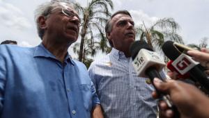 Ministro da Economia, Paulo Guedes, ao lado do presidente, Jair Bolsonaro