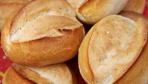 A cada ano que passa, os brasileiros consomem mais pão francês