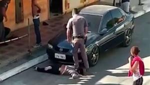 Policial militar pisa no pescoço de comerciante da zona sul de São Paulo