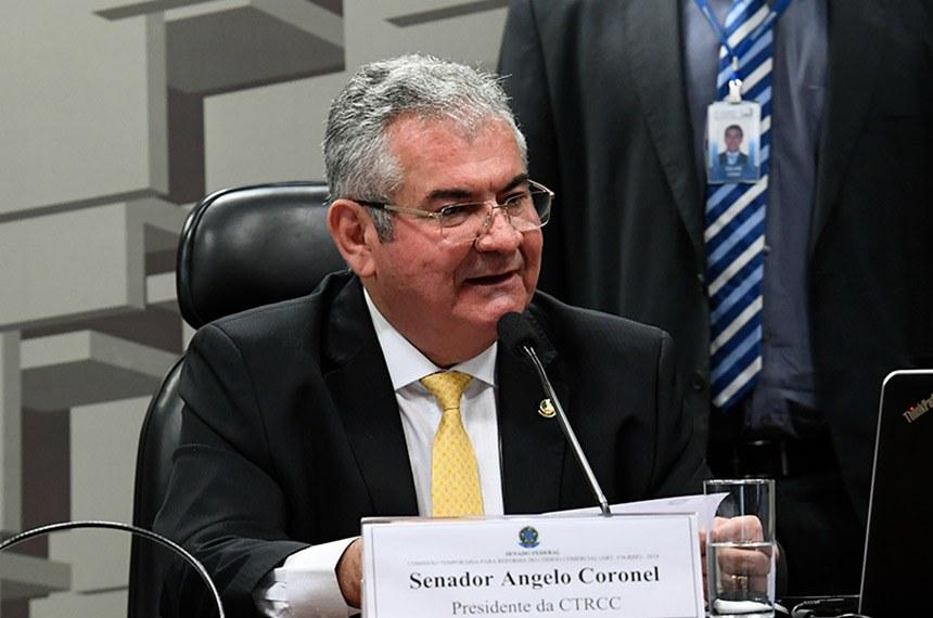 Senador Angelo Coronel fala em audiência