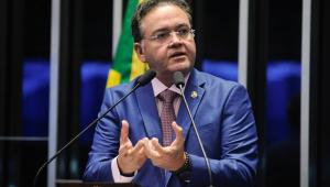 Senador Roberto Rocha discursa no Senado