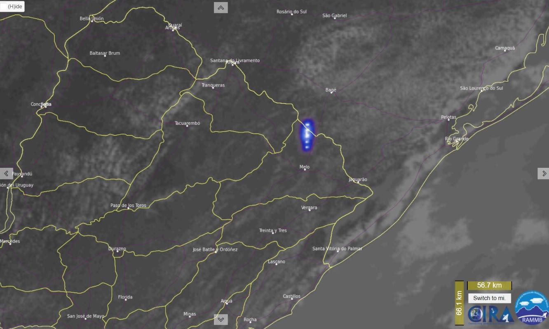 imagem de meteoro em satélite