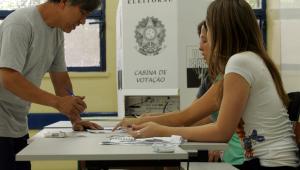 Número de mesários voluntários cresce até 98% pelo Brasil; saiba como se inscrever