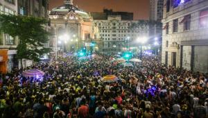 Prefeitura de São Paulo avalia realizar Carnaval de rua sem restrições no ano que vem